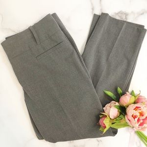 Limited heathered gray Drew fit cropped pants 10